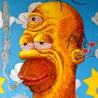 Desenhos muito diferentes de Homer Simpson.