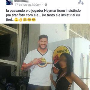 Ela teve que tirar uma foto com o Neymar