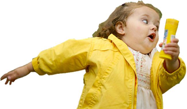 meme-menina-correndo-assustada