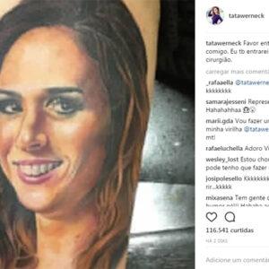Tatá Werneck zoa sobre tatuagem que uma fã fez com seu rosto